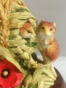 family-home-mice-5